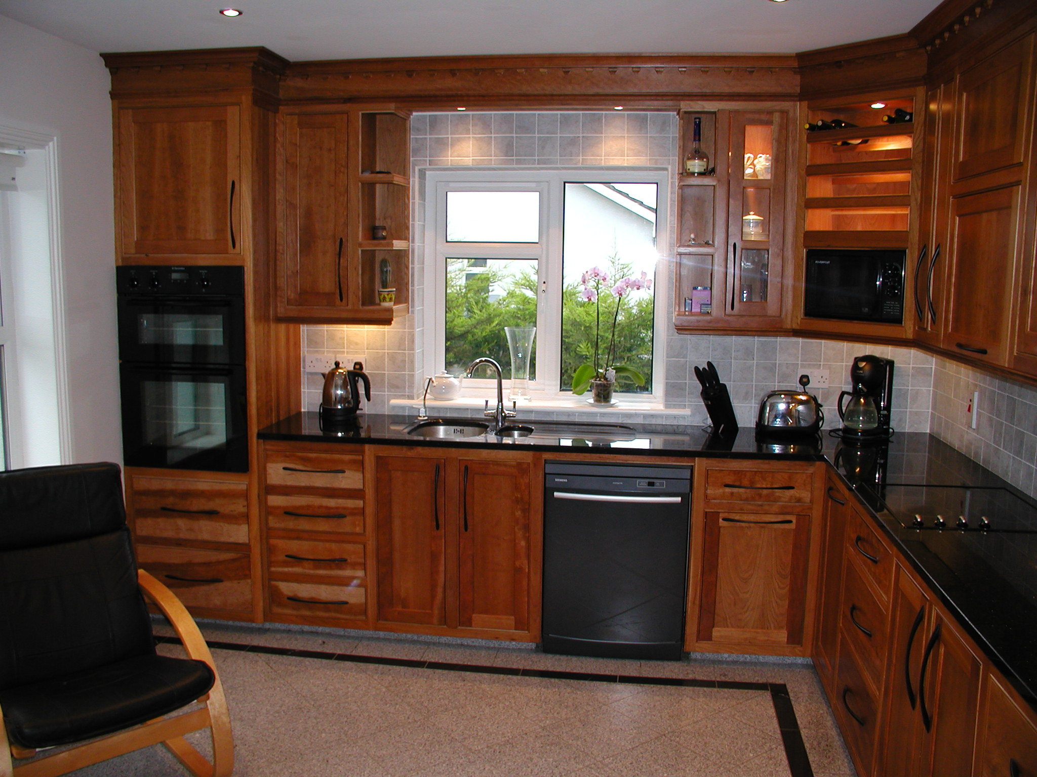 Painting kitchen cabinets dublin painters for painting for Kitchen cabinets ireland